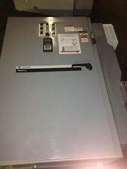 Allen Bradley 100 HP Variable Frequency Drive 22C-D142A-103 Liquid cooled