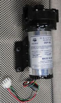 Aquatec DDP-550 24Volts DC 39500-096 5502-2D12-T738 pump mint with plug