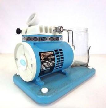 Schuco-Vac 5711-130 Medical Aspirator Vacuum Suction Pump