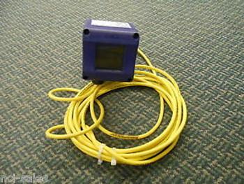 Wika Pressure Transmitter Trans Ut-10, 0-6 Bar Scaled To 0-25 Psi 3/4 Sanitary