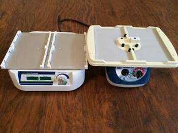 2 microplate shakers - BT1500 Orbital shaker and SI-4000 Multi-MicroPlate Genie