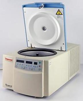 Thermo IEC Micromax RF 3592 120VAC / 60Hz Refrigerated Scientific Centrifuge