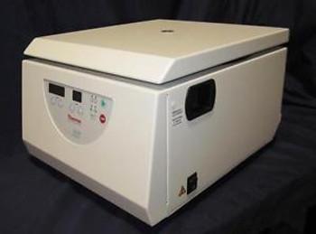 Thermo Scientific CL10 Centrifuge