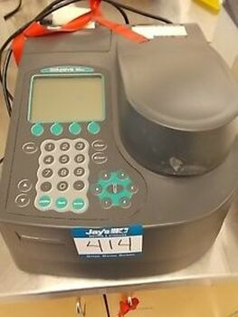 Thermo Scientific GENESYS 10 UV SPECTROPHOTOMETER SPECTRONIC Genesys 10uv