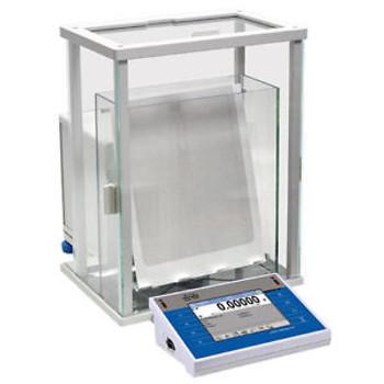 52 G x 0.01 G Radwag XA.52.4Y.F Filter Weighing Analytical Balance & Glass Door