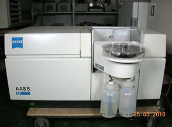 Carl Zeiss AAS5-EA Atomic Absorption Spectrometer