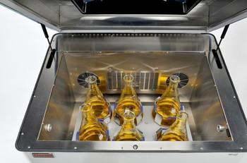 MAXQ 5000 LARGE INCUBATED/REFRIGERATED ANALOG SHAKER. 120V