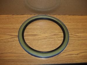 (H)  New Oem  Jlg Seal, Lip, Part Number 70001119