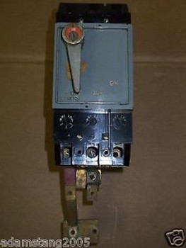 Federal Pacific NFJ NFJ631150R 150 amp 3 pole 600v Circuit Breaker NFJ-R CHIPPED