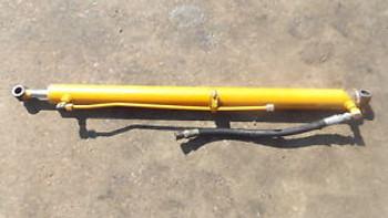 Case 1816 1816B Rh Lift Cylinder