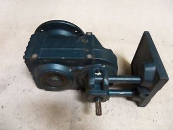 104-586-510 Gear Drive Used