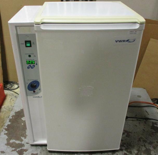 VWR Scientific Model 2005 ZZMFG Refrigerated Low Temperature Incubator Working