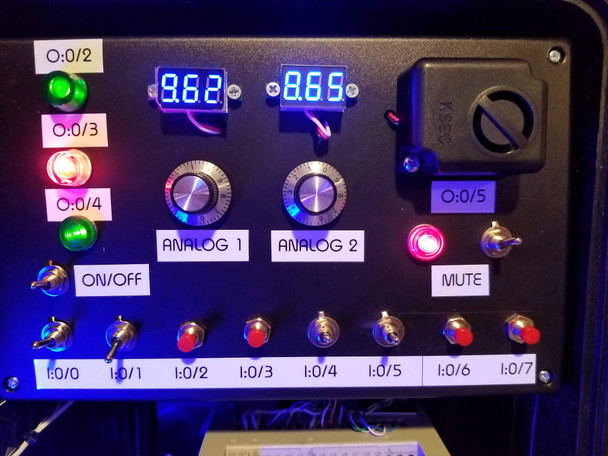 Allen-Bradley PLC TRAINER ANALOG RSLOGIX Lessons Cable Software Micrologix