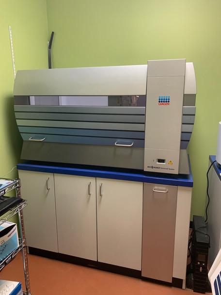 4162 MP Qiagen BioRobot 8000 Universal System