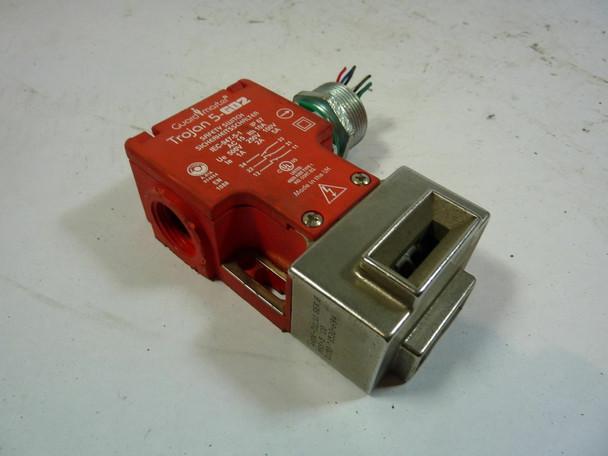 Allen-Bradley 440K-T11211 Safety Switch 5 Amp 100V