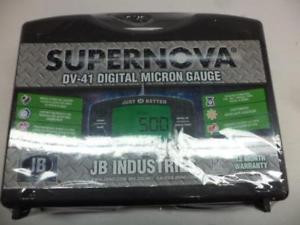 NEW JB INDUSTRIES \SUPERNOVA DIGITAL VACUUM GUAGE WITH CASE DV-41F-306