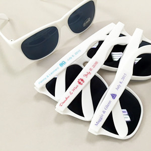 Set of 50 50 White Sunglasses With Personalized Label