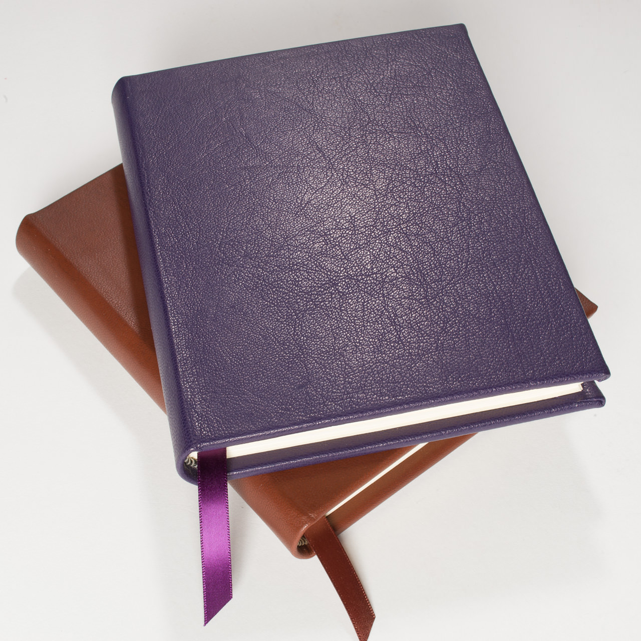 64504e7c8fb8 All Leather fine bound Journal