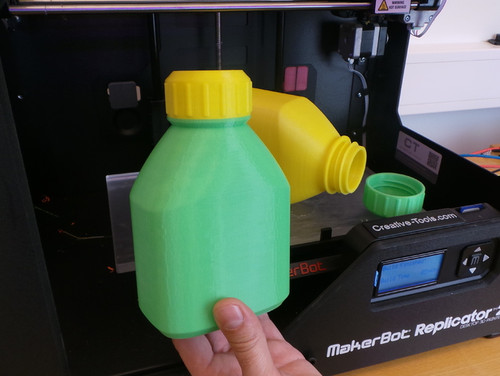3D printable bottle and screw cap