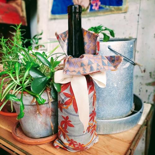 Grey Maple Wine Bag