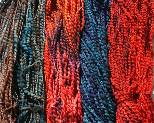 Popcorn - vibrant colour and texture in a skein
