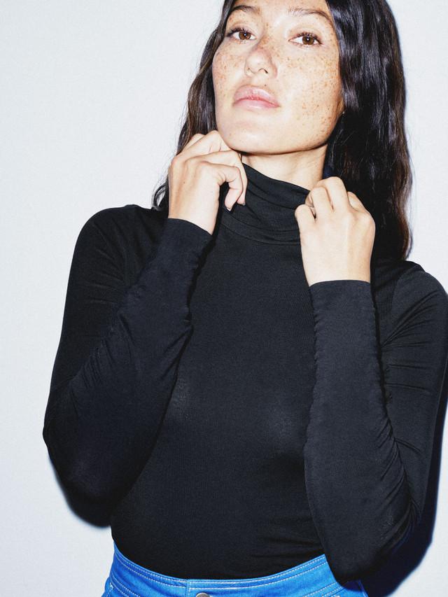 Mix Modal Long Sleeve Turtleneck (Black)