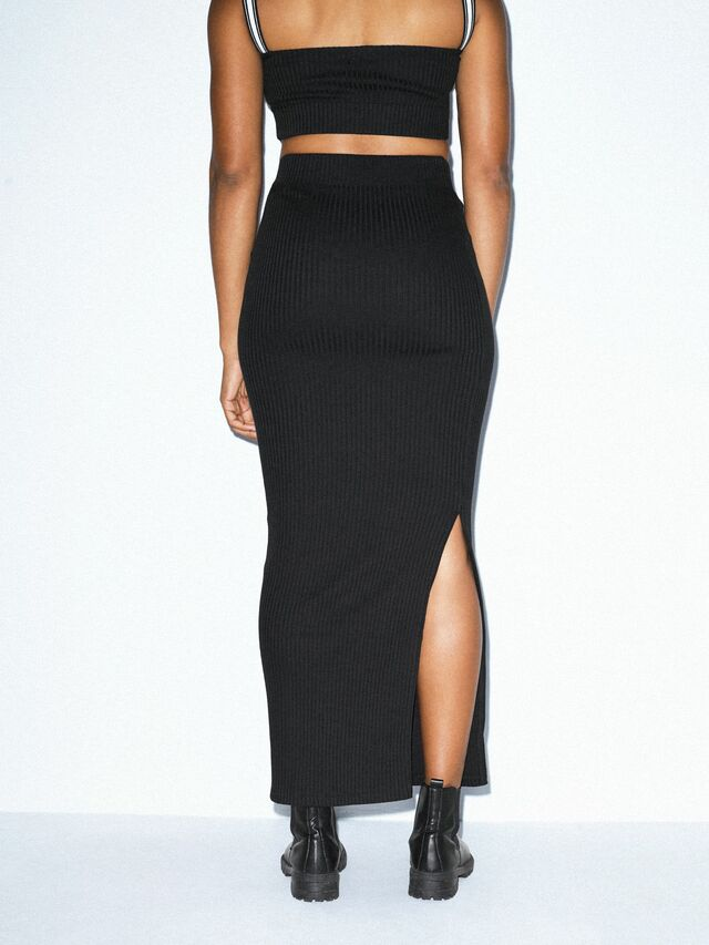 Thick Rib Maxi Skirt (Black)