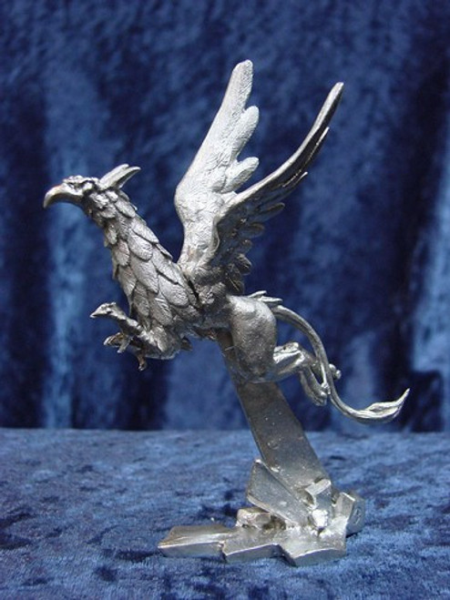 S232, Flying Gryphon by Perth Pewter, Free Shipping, MSRP ($45.00), S-Series Large Fantasy Pewter Figurine