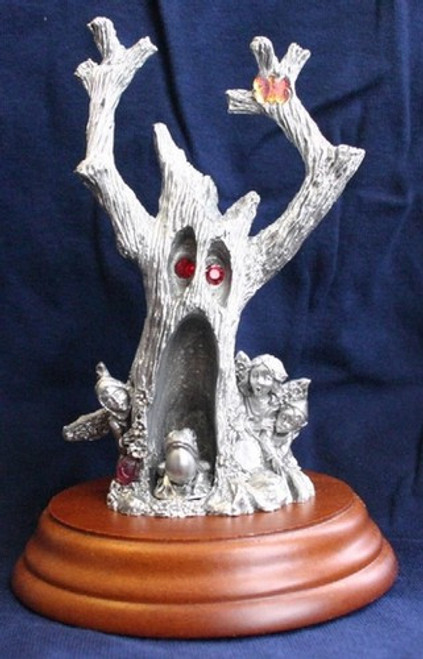 LM02, Secret of the Haunted Tree by Perth Pewter, Free Shipping, MSRP ($150.00),  Limited Edition Pewter Figurine