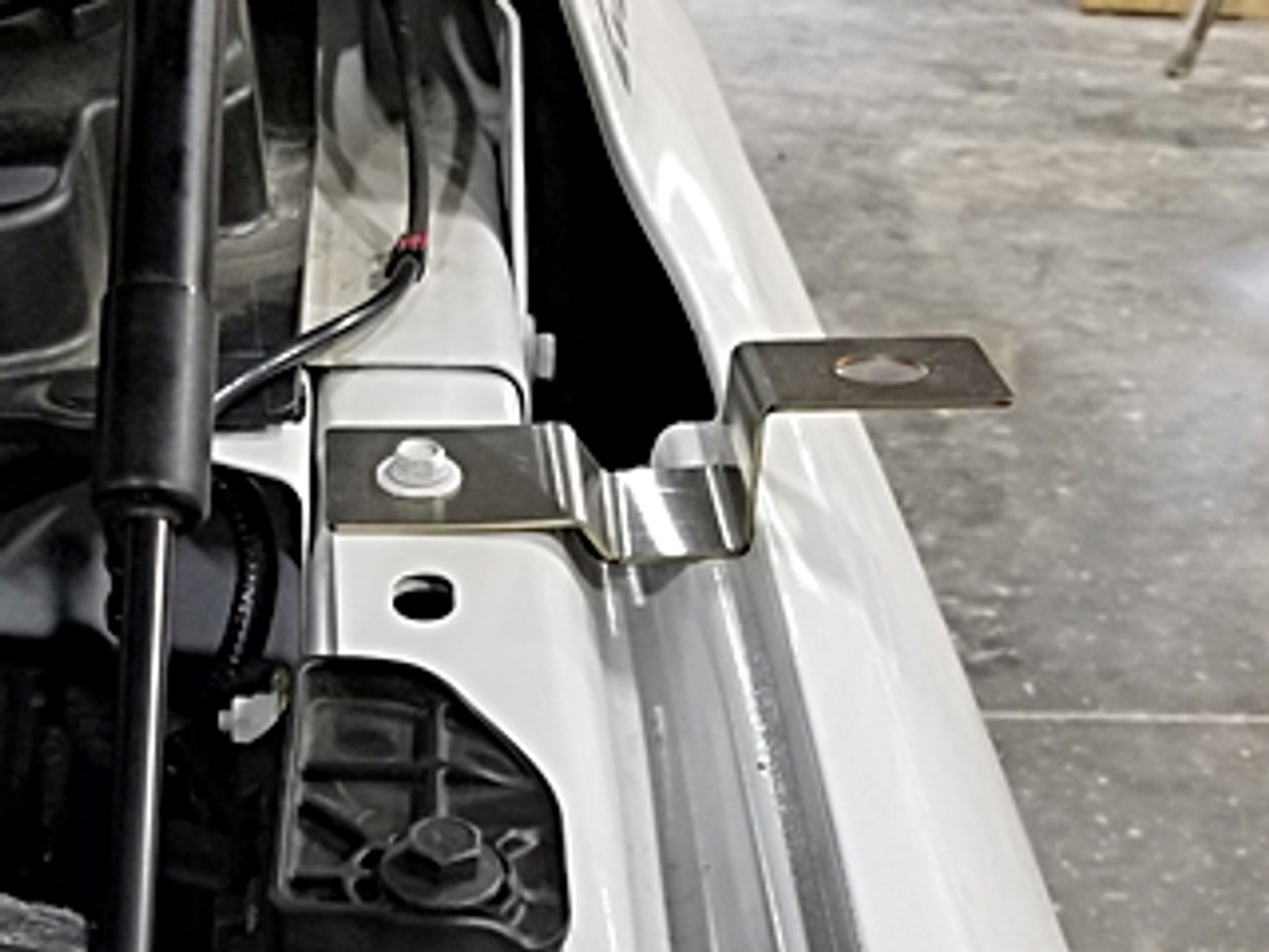 2019-2020 - Dodge RAM 1500 2500 3500 - No Hole Antenna Mounting Bracket