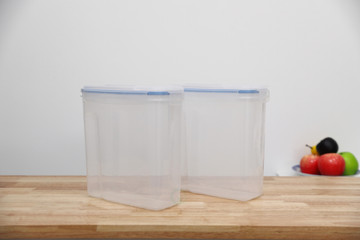 BPA-Free Plastic Food Containers with Airtight Spout Lid Set of 2