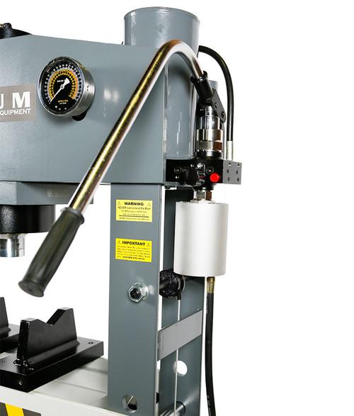 Borum 75000kg Industrial Air/Hydraulic Press