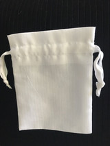 Our Premium Herringbone Bags have a very elegant look & are perfectly suited for  cosmetics, candles & perfumes. Available with a matching white ribbon drawstring, this high quality fabric provides the perfect packaging for your high-end product or gift.