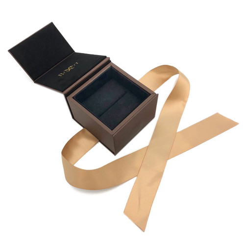 8900 High Quality American Leatherette and China Suede Ring Box