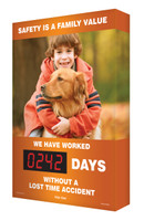 Outdoor Digi Day Plus Safety Scoreboard - Safety Is A Family Value SCM353