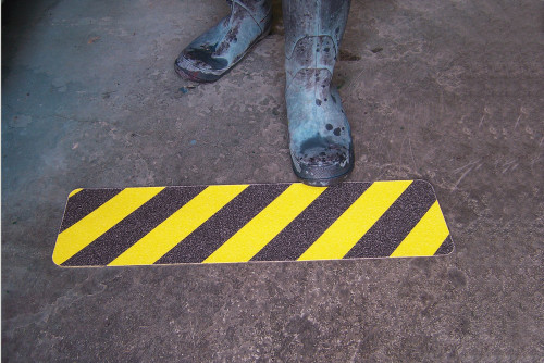 Keep Clear Skid Gard Floor SIgn