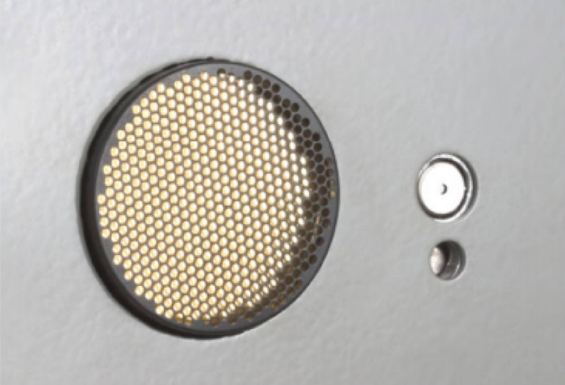 amh40008000-5.jpg