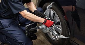 AC400 Touchless Wheel Clamping System