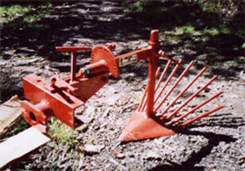 AP-5 Root Digger Plow
