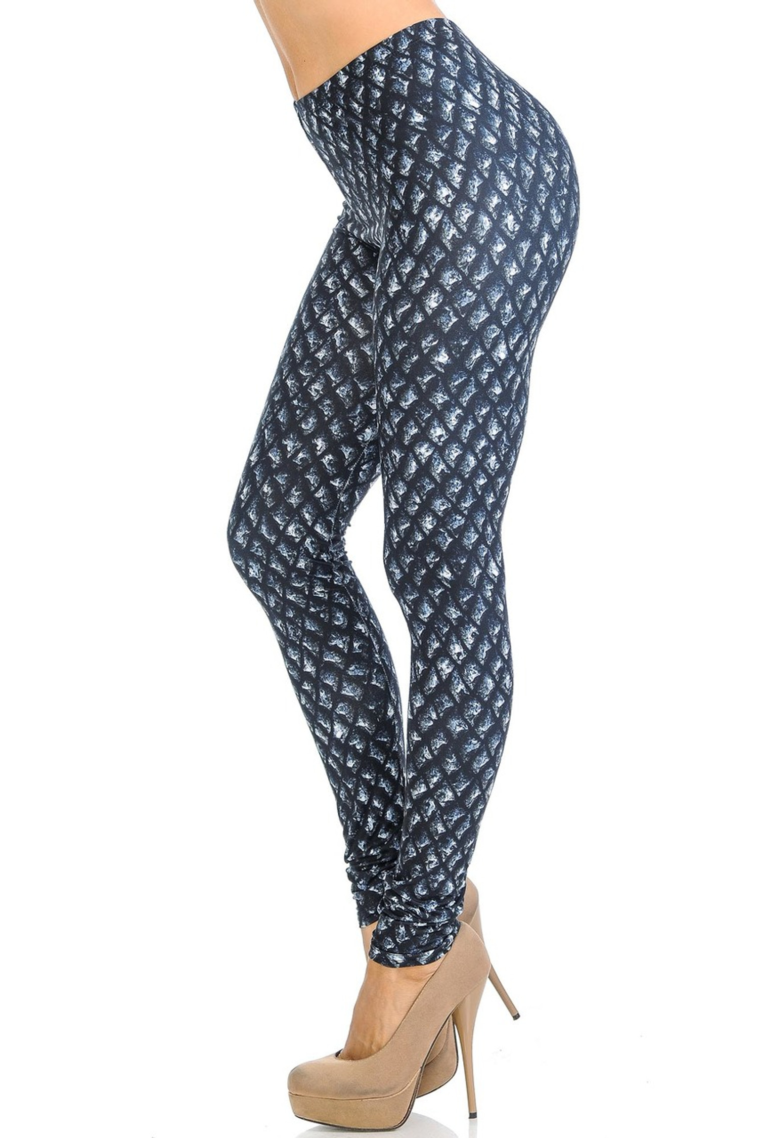 Creamy Soft Black Dragon Scale Leggings - Signature Collection
