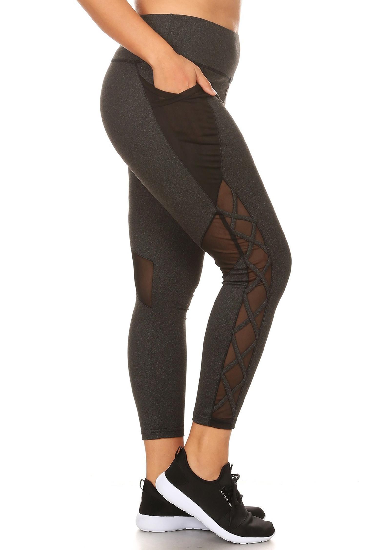 Crisscross Rear Knee Mesh with Pockets Plus Size Workout Leggings