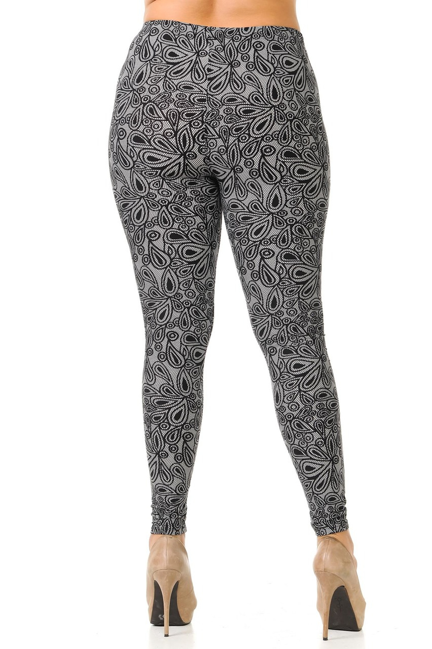 Brushed Floral Netted Petal Plus Size Leggings