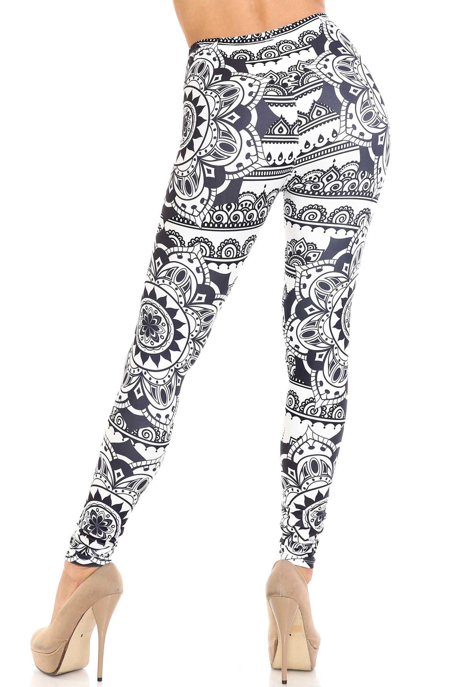 Creamy Soft Monochrome Mandala Leggings - By USA Fashion™