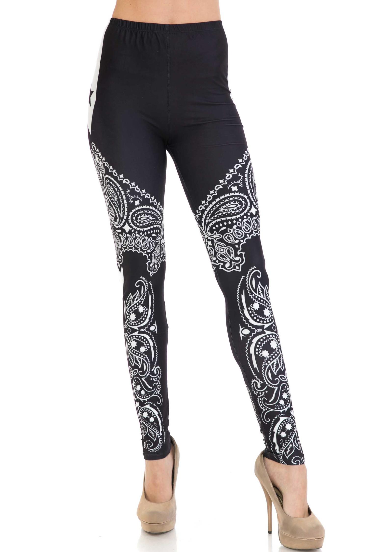 Creamy Soft Bandana Stars Plus Size Leggings - USA Fashion™