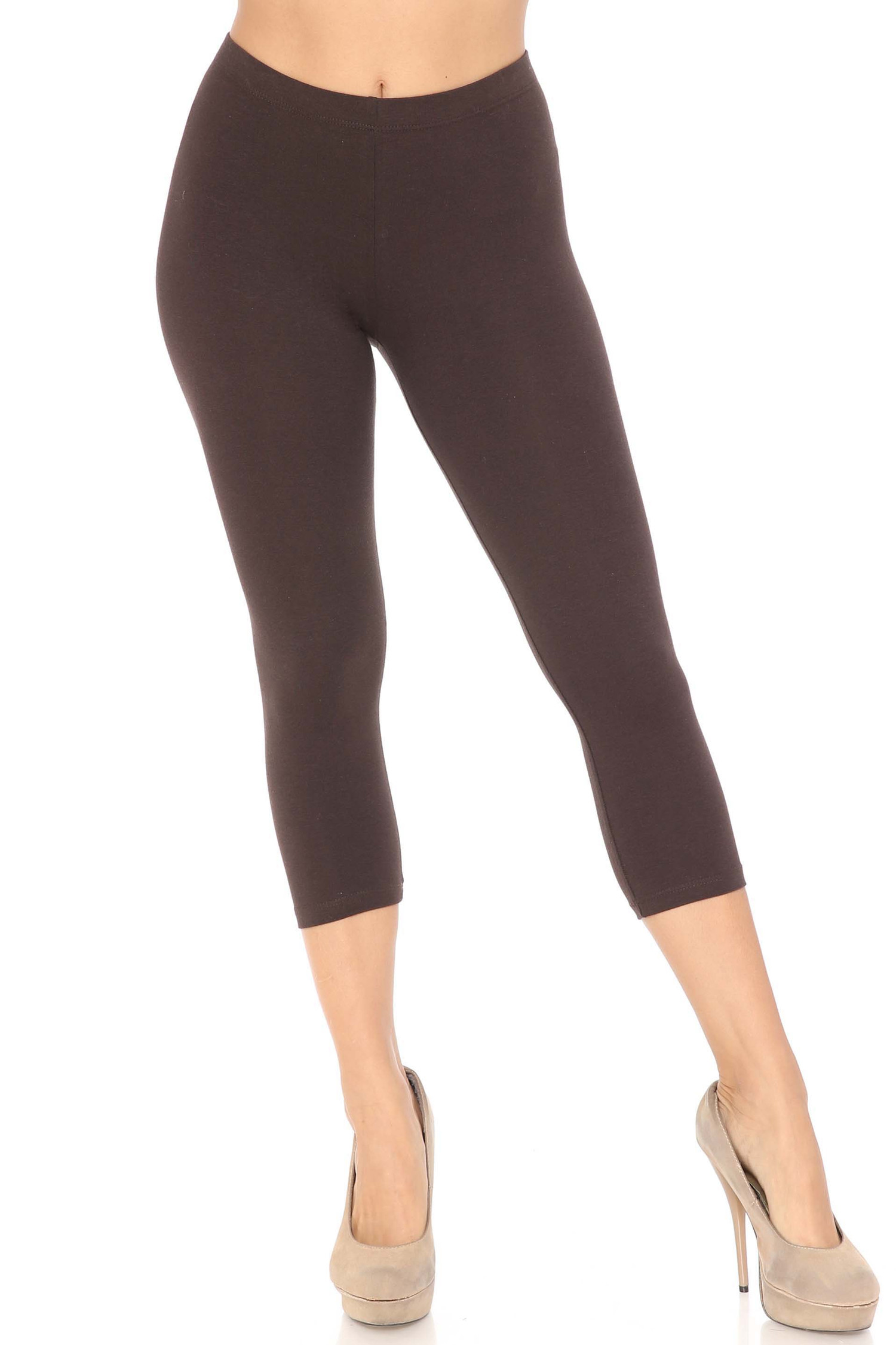 Front view of brown USA Cotton Capri Length Leggings