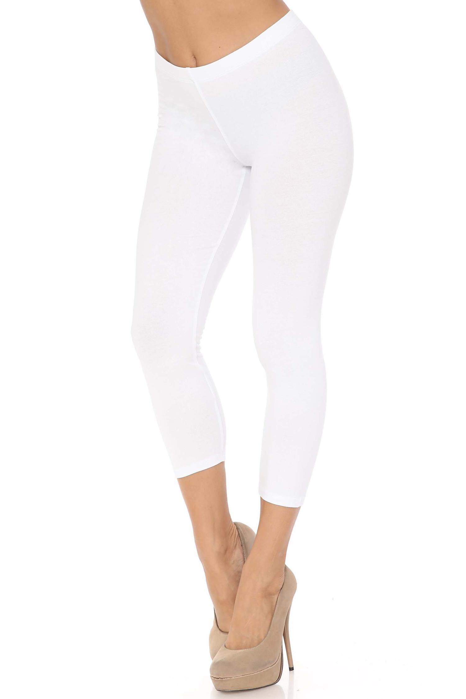 45 degree angle of white USA Cotton Capri Length Leggings