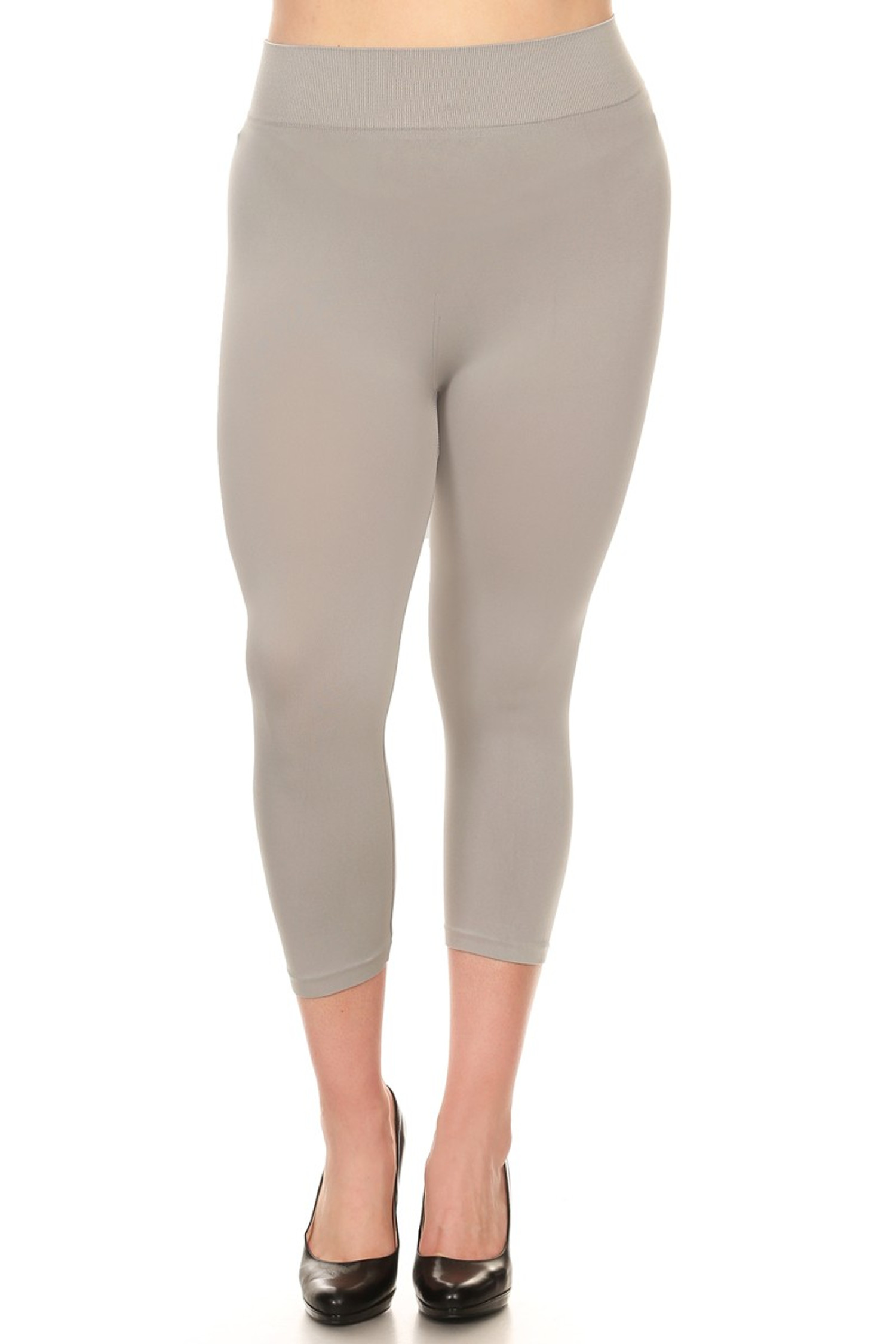 Gray Basic Spandex Capri Plus Size Leggings