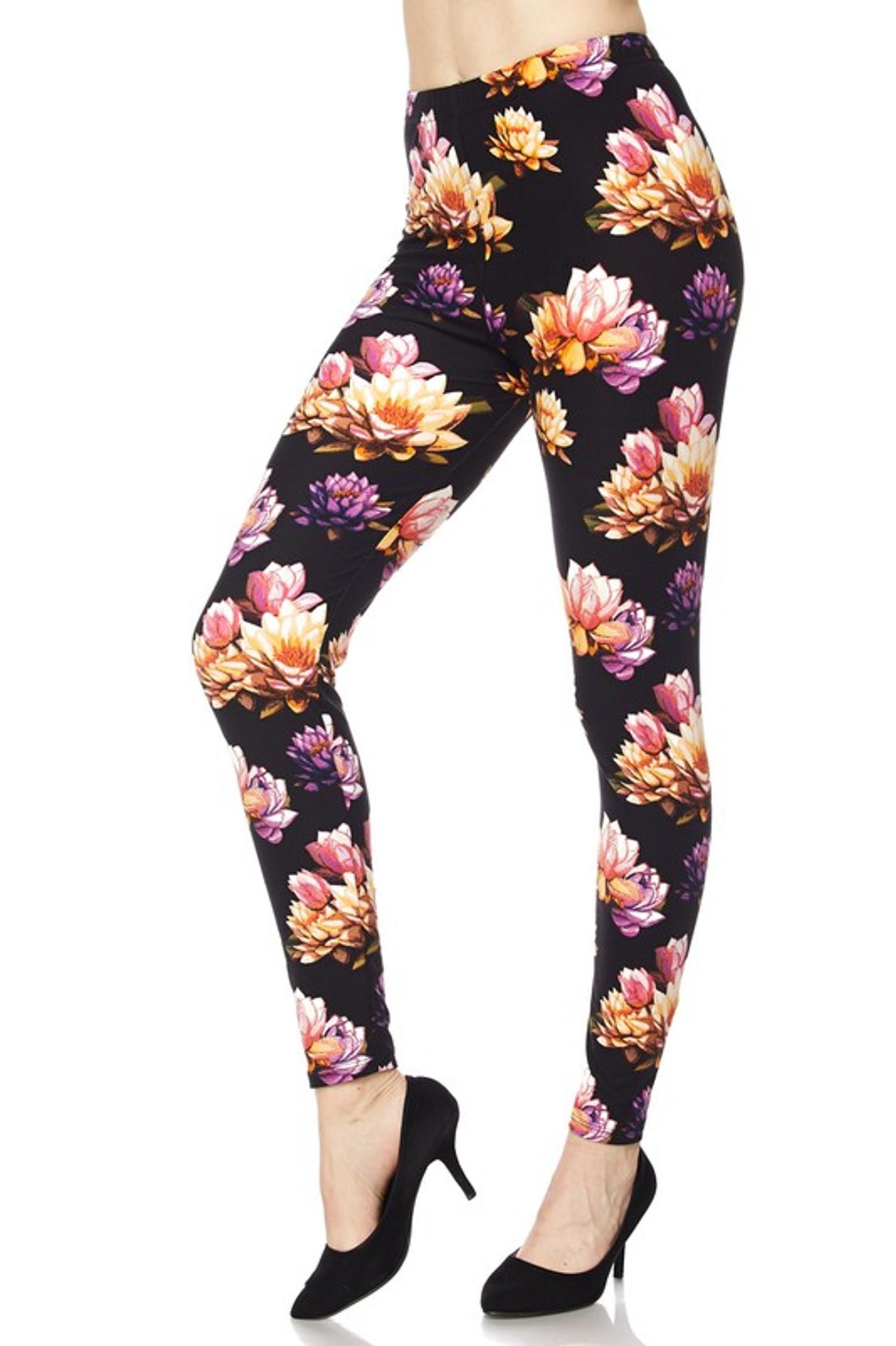 Floral Bunch Leggings - Plus Size