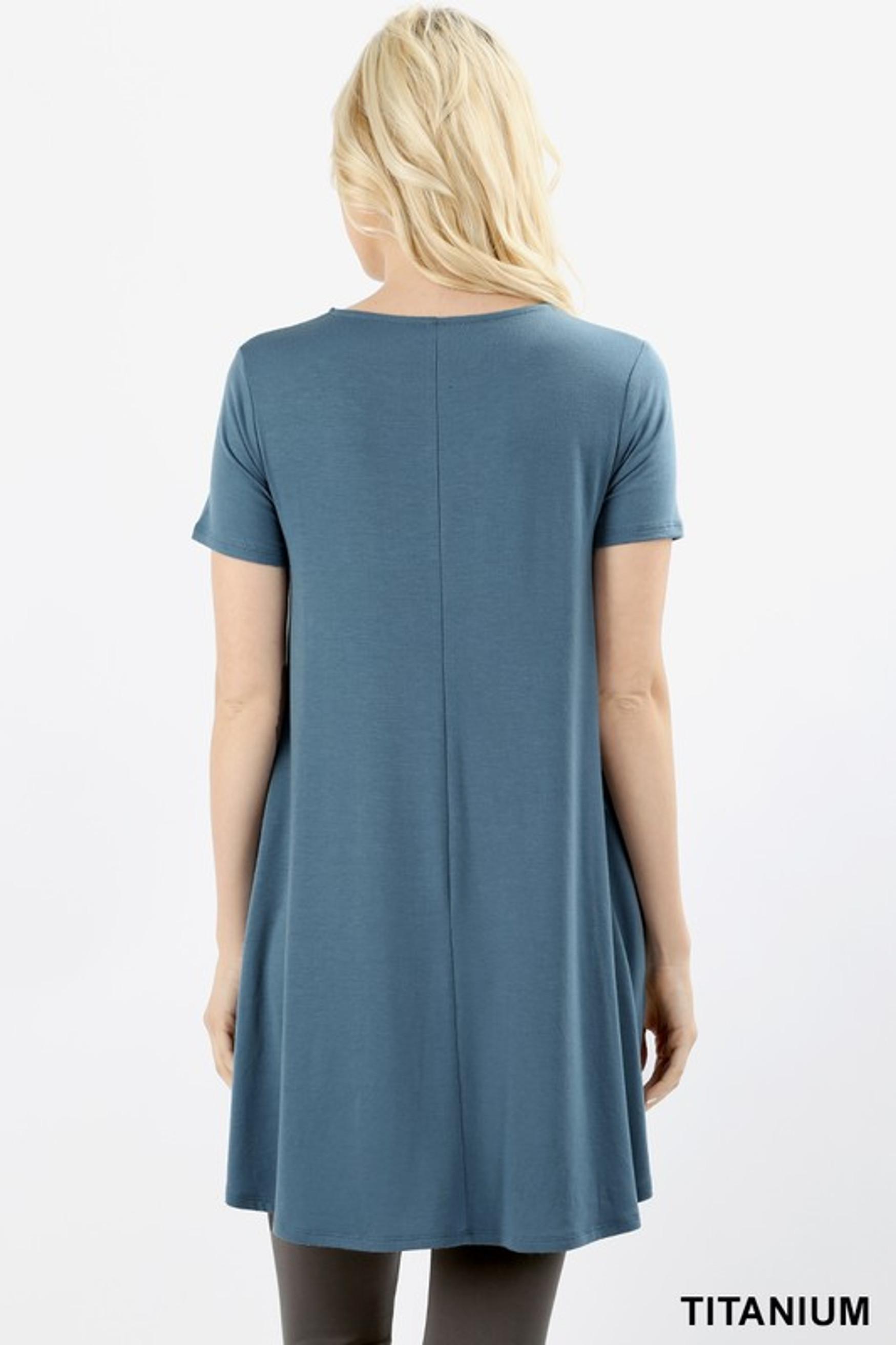 Round Neck Round Hem Short Sleeves Tunic with Pockets