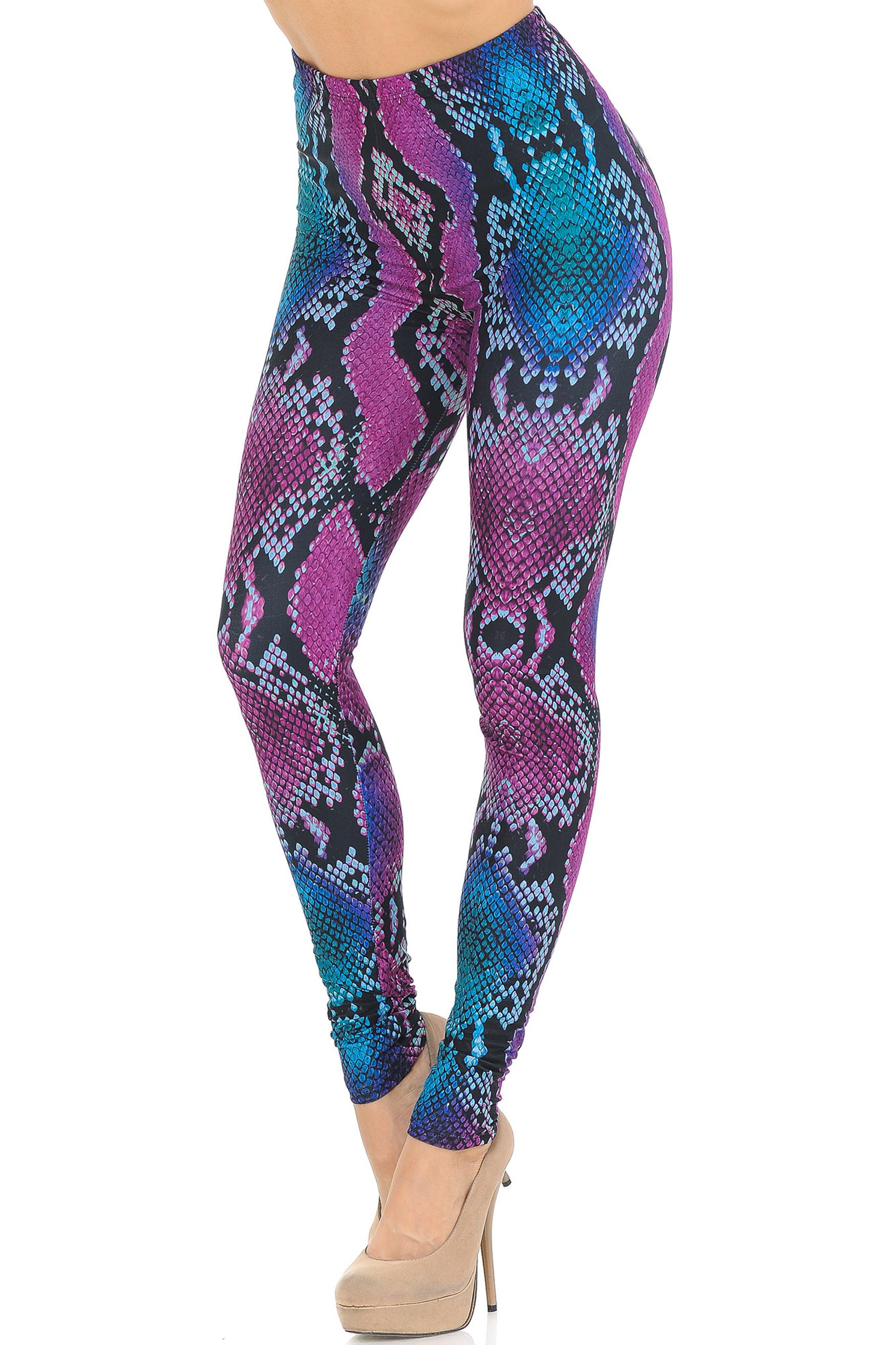 Creamy Soft Pink and Blue Snakeskin Leggings - USA Fashion™